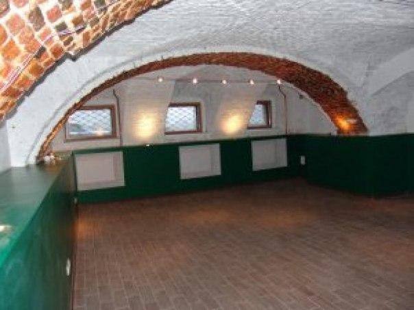 Помещение общей площадью 85 м2 под кафе с видом на набережную Невы.