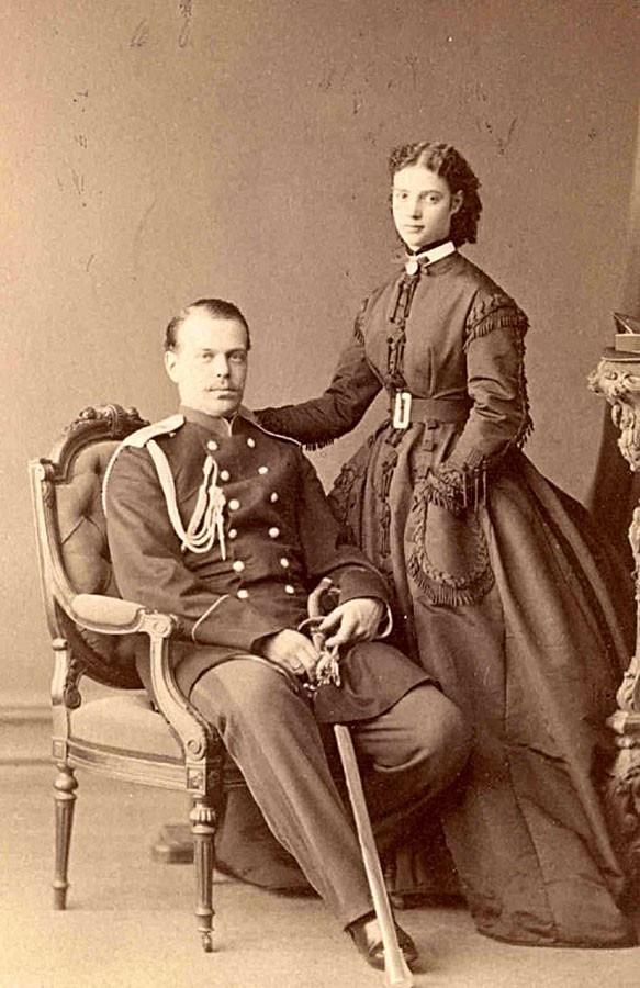 Дагмара Шлезвиг-Гольштейн-Зондербург-Глюксбургская с мужем, Александром фон Гольштейн.