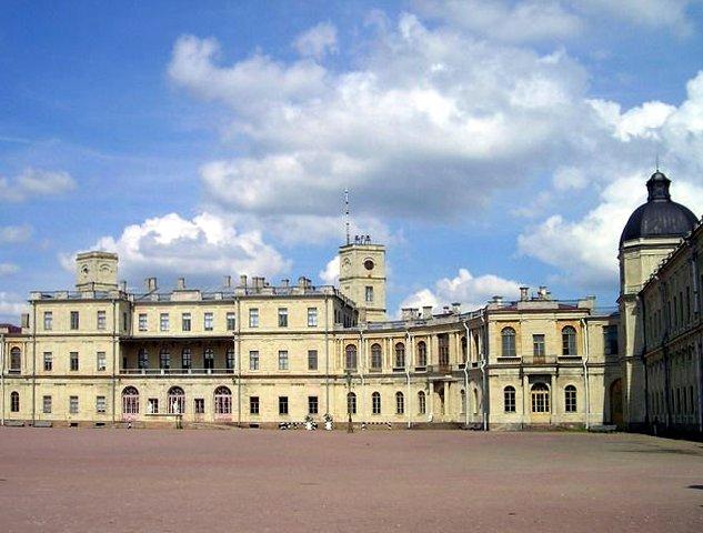Гатчинский дворец, где семья прусского еврея-барона фон Гольштейн жила постоянно.