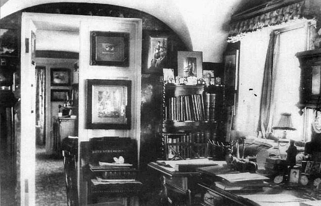 Кабинет прусского барона фон Гольштейн в Арсенальном каре Гатчинского замка.
