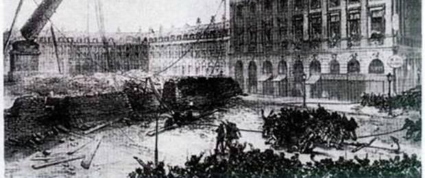 Казаки сносят памятник в Париже.