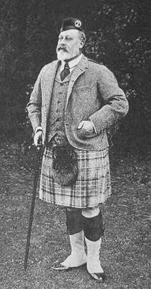 Эдуард (Альберт) шотландском костюме. 1904