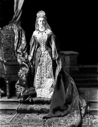 Жена Эльстона-Сумарокова.