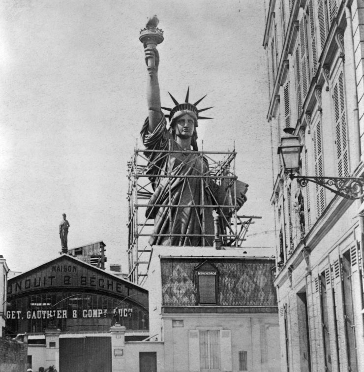 Construction Of Statue of Liberty In Paris.