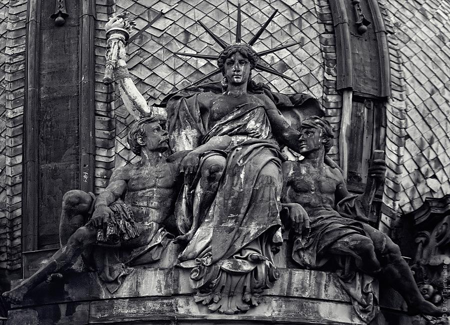 Статуя Cвободы во Львове.