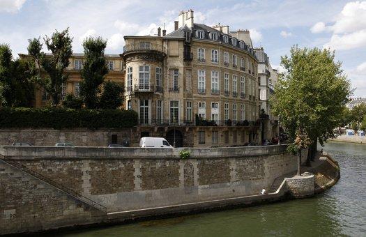 Отель Ламбер в Париже.