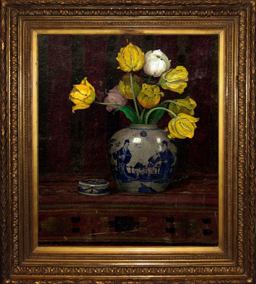 Старинный натюрморт: тюльпаны в китайской вазе. Западная Европа, начало 20 века